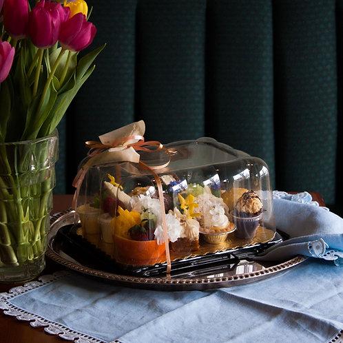 Elizabeth for One: Individual Tea Set, 4-Course Afternoon Tea
