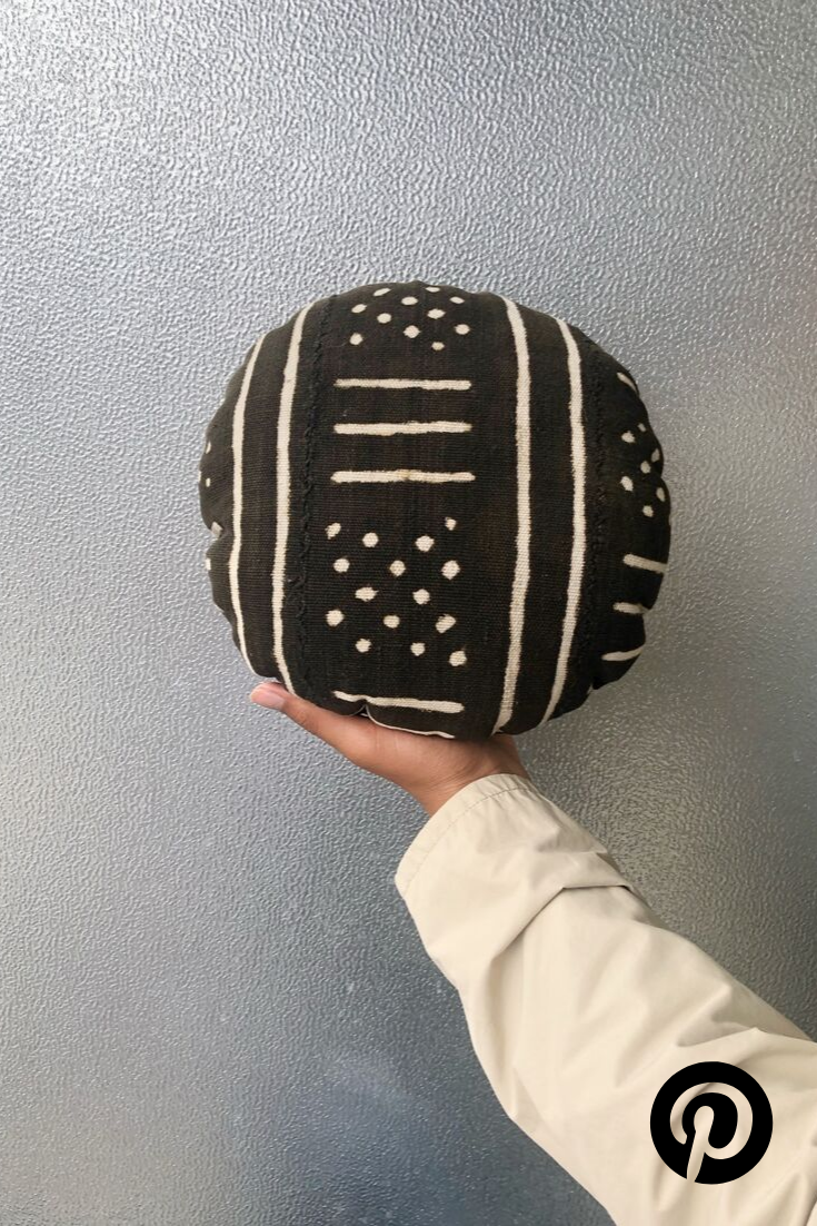 Round Tribal Pillow