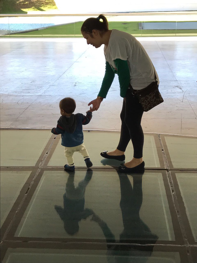 6 coisas sobre ser mãe que descobri neste mundo que santifica a maternidade