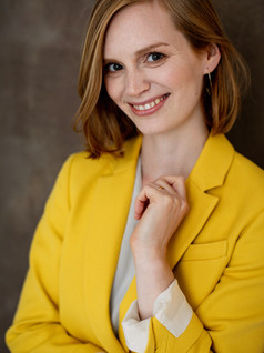 Business Woman Headshot Photographer Cambridge
