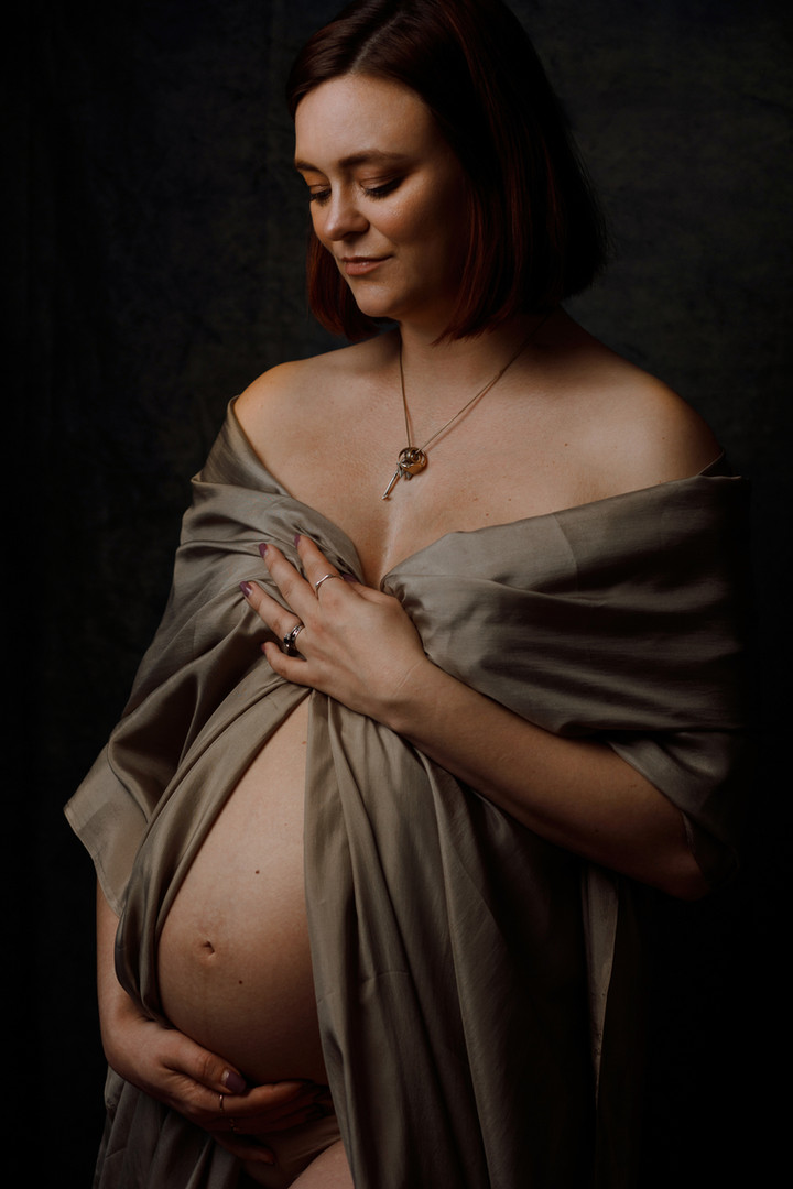 Cambridge Maternity Photoshoot