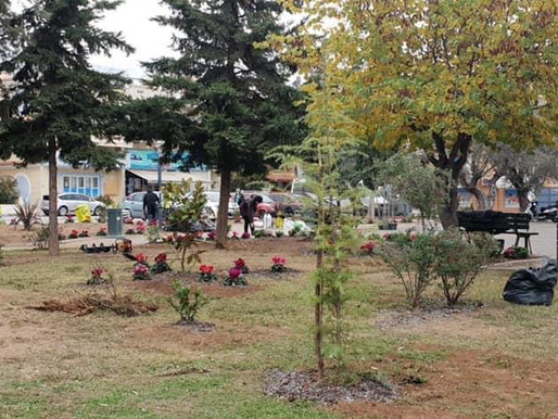 Ο Δήμος Αχαρνών ομορφαίνει τις πλατείες!