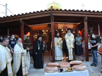 Κατάνυξη και μεγαλοπρέπεια στον Εσπερινό του Αγίου Λουκά του Ιατρού Άνω Λιοσίων