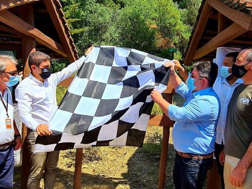 Ο Λ. Αυγενάκης στην Ανάβαση Ιστορικών αυτοκινήτων στην Πάρνηθα