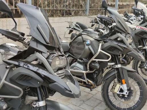 ΕΛ.ΑΣ. - Εντόπισε αποθήκη με κλεμμένες μοτοσυκλέτες μεγάλης αξίας στο Μενίδι