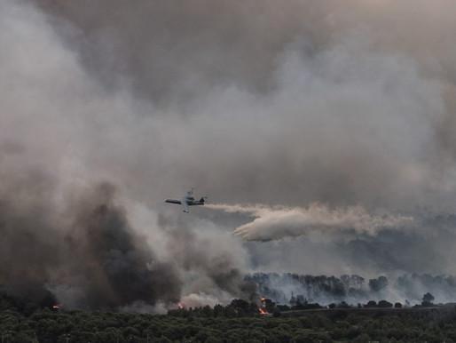 Φωτιά στην Βαρυμπόμπη – Αποκάλυψη: Πώς το Beriev-200 έσωσε κάτοικο