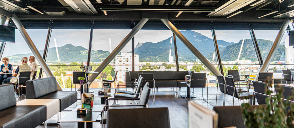 """Secret Place #2: """"Coffee with a View"""" in der Panoramabar Lehen"""