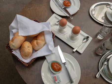 Servus aus Omis Favourite – Frühstück im Café Wernbacher