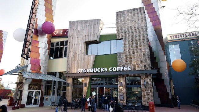 Starbucks Coffee en Disney Village