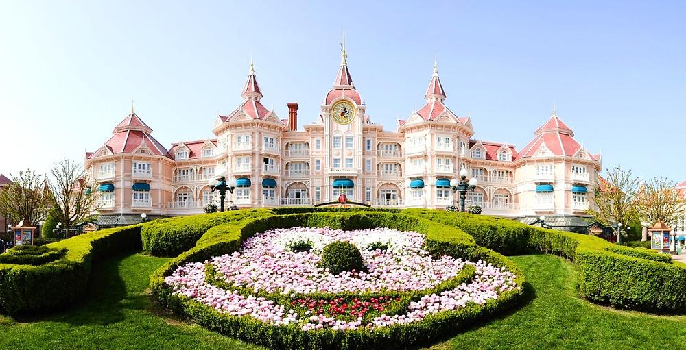 Novedades en Disneyland Paris restaurantes hoteles coronavirus shows espectaculos personajes