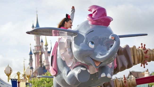 Dumbo The Flying Elephant Disneyland Paris
