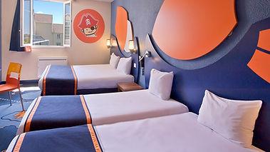 Explorers Disneyland Paris Hotel reservar habitaciones oferta descuento viaje