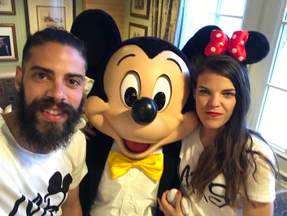 Inventions: Restaurante en Hotel Disneyland