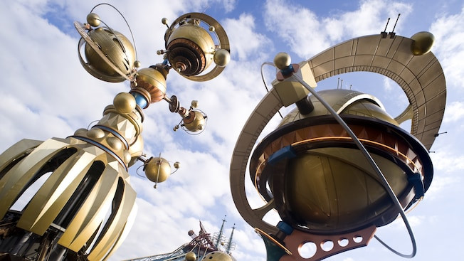 Orbitron atracciones Disneyland Paris