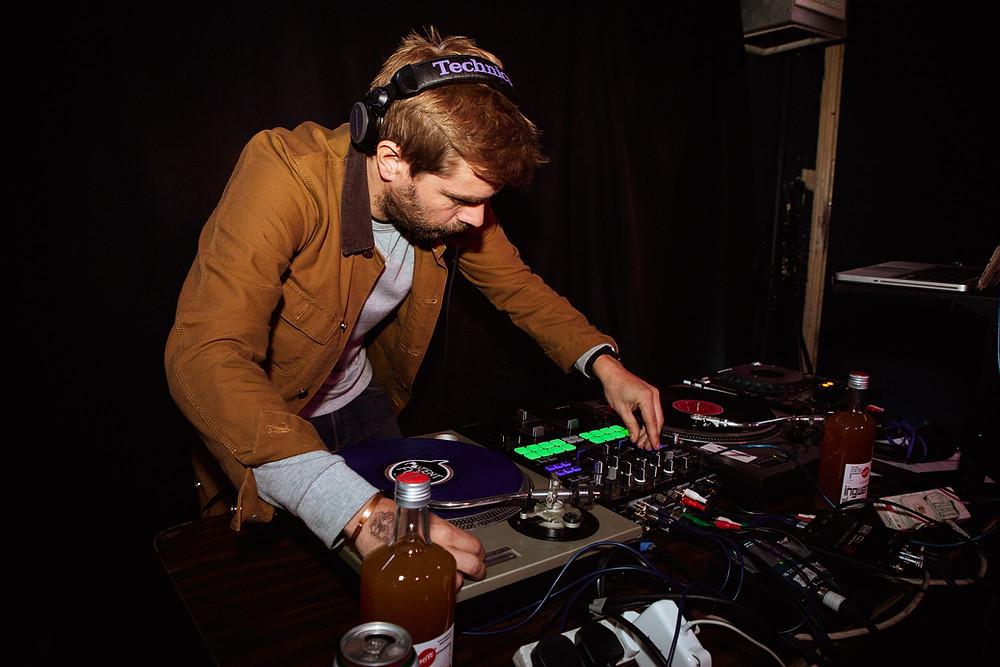 Frosty DJing