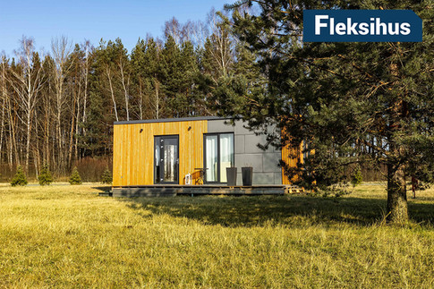 Moderne fasade minihus på 25 kvadrat