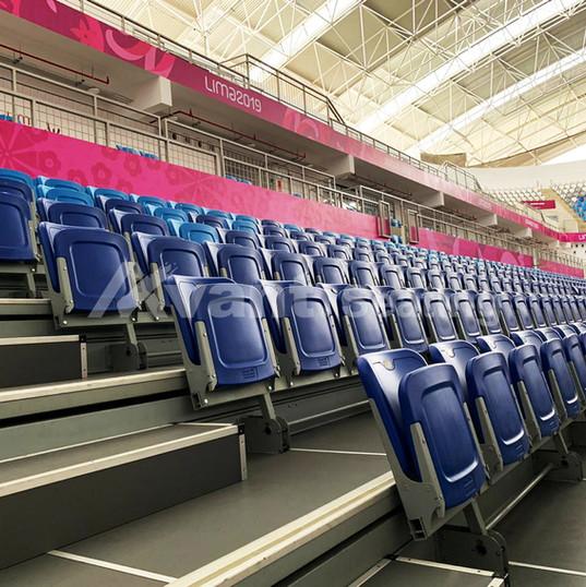 Blå tribunestoler fra Avant