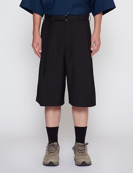 Black One Tuck Gabardine Wide Shorts