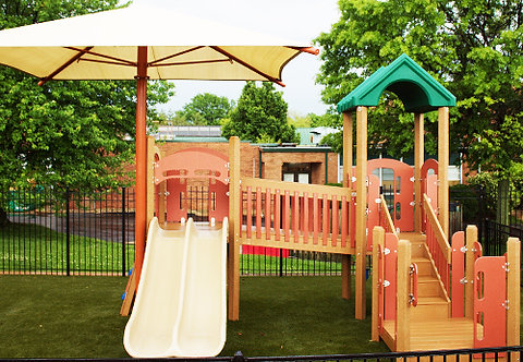 Preschool Play Structure w/Shade
