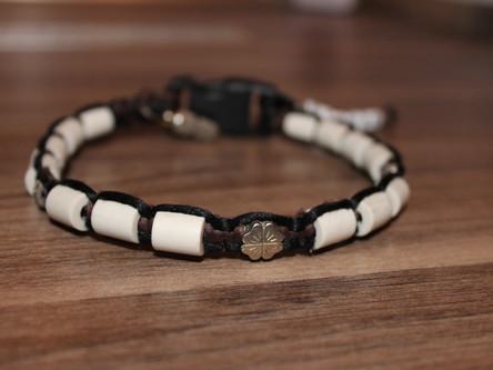 Zeckenschutz ohne Chemie: EM-Keramik Halsband