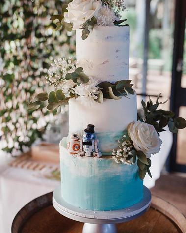 3 tier 10+8+6inch cake. Base Dummy cake $460