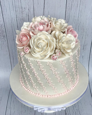 hand piped, sugar roses 8 inch $350.0