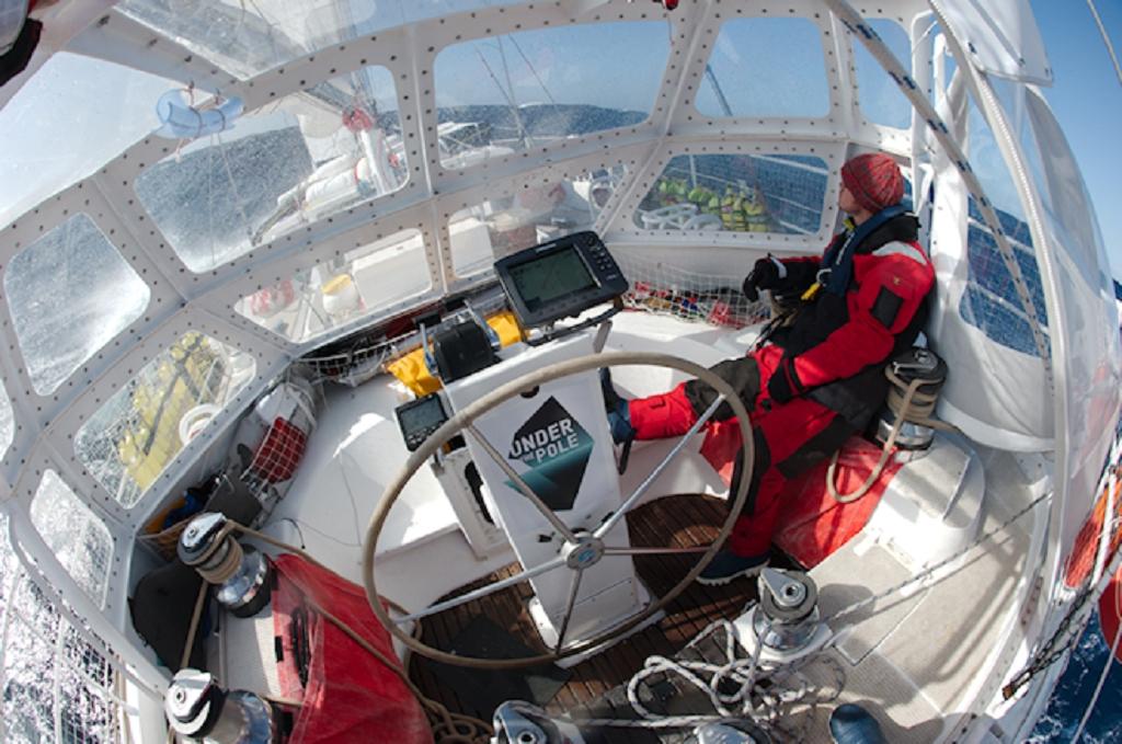 Taud de cockpit du Why en navigation