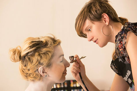 airbrush painting model client painter paint