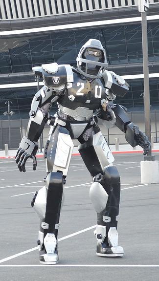 RaiderRobot_edited.jpg