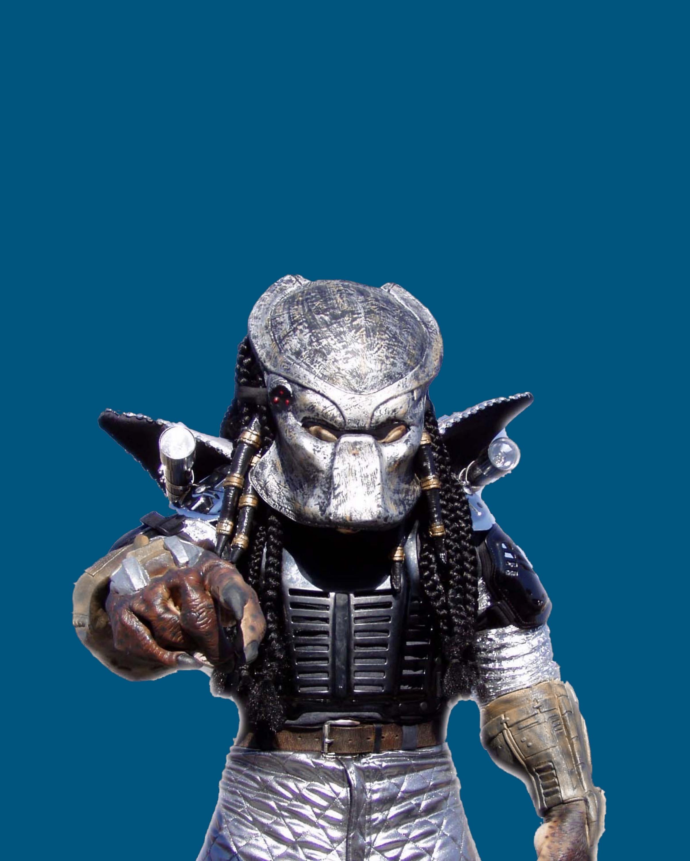 Stilt walker preditor with mask