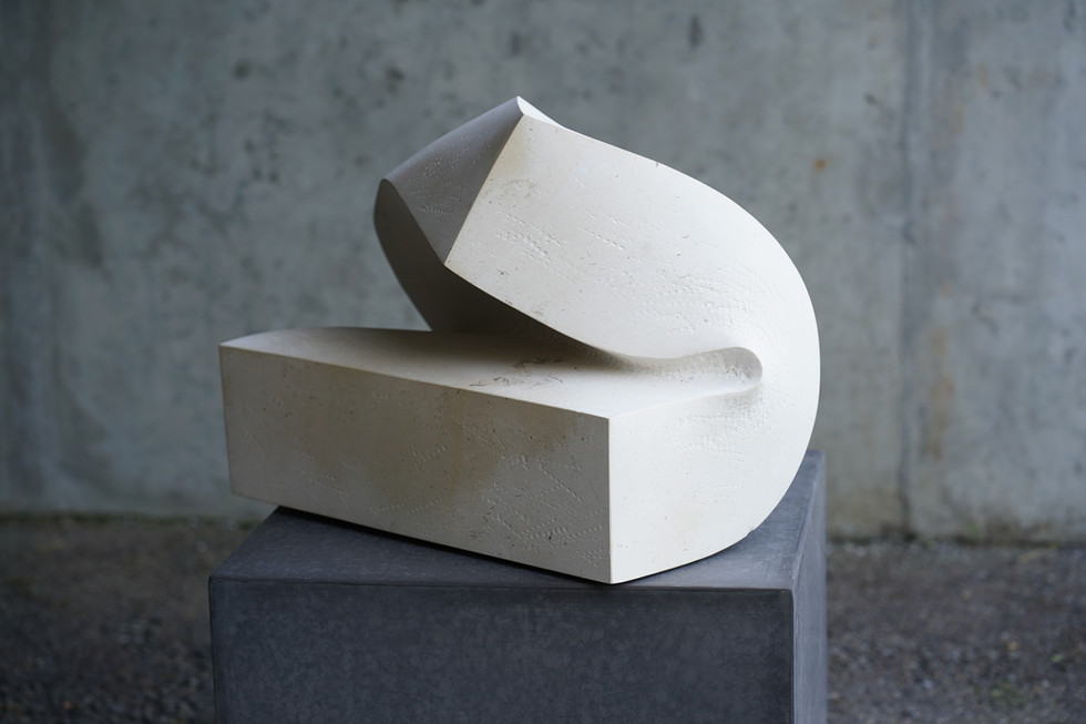 Fortissimo, Kalkstein, Höhe ca. 40 cm