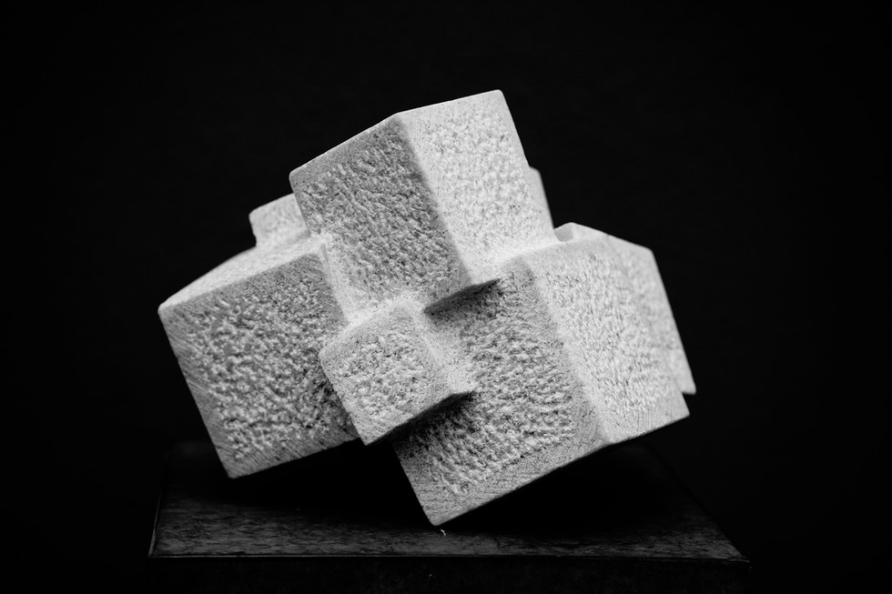 Gedankenstapel Prickelnd I, Marmor Cristallina, Höhe ca. 30 cm