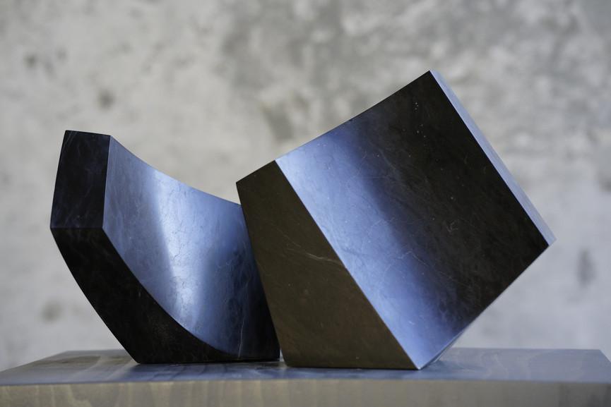Duo, Kalkstein Saint-Triphon, Höhe ca. 20 cm