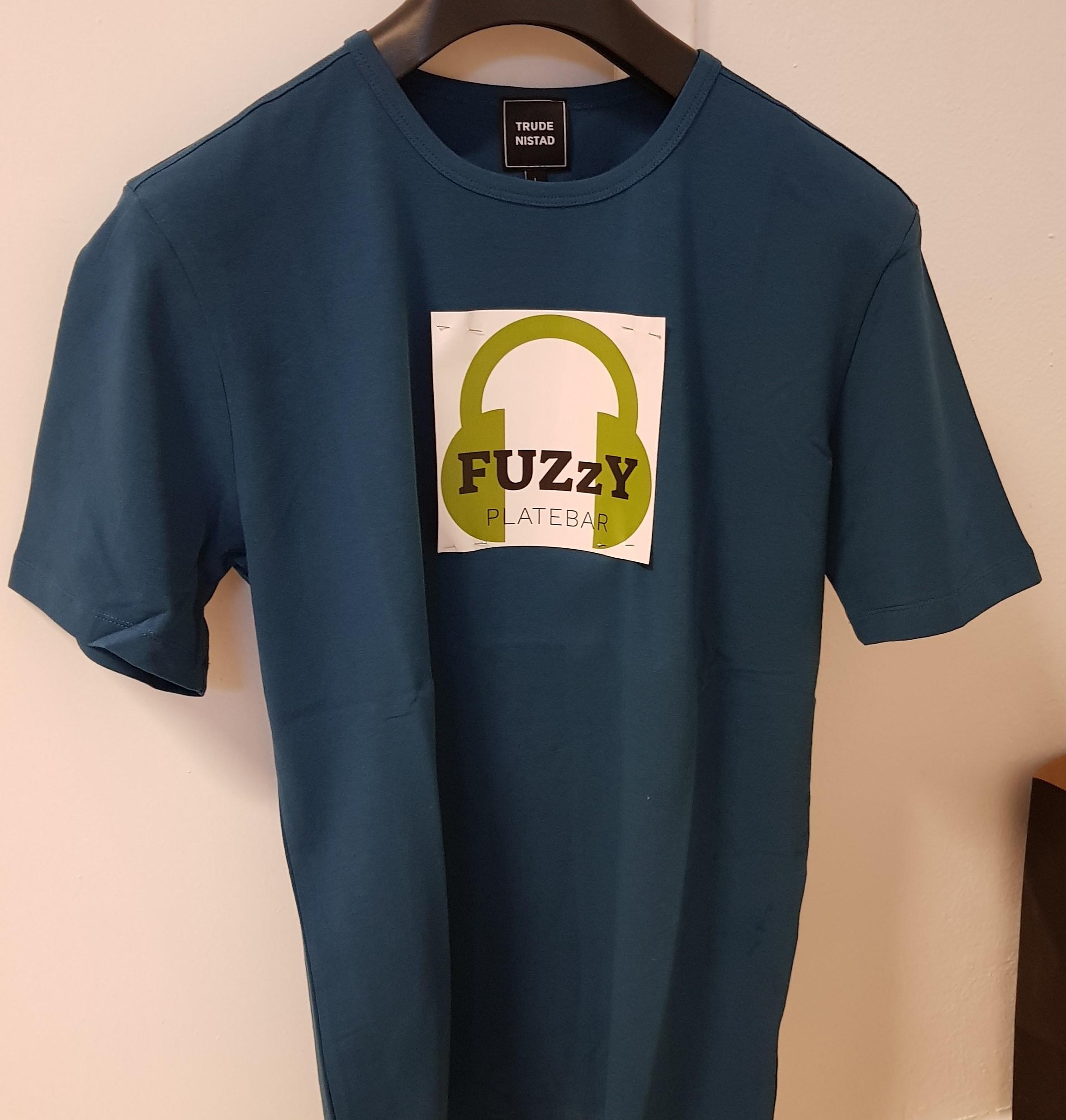 fuzzy tskjorte