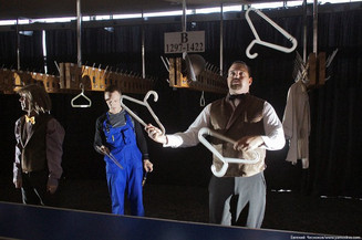 А вы были за кулисами цирка?