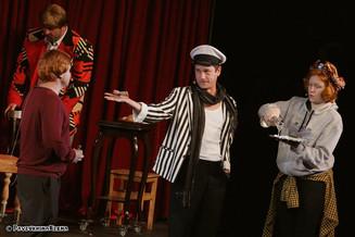 Премьера 20-го юбилейного сезона в театре «Русская песня» - музыкальный спектакль «12 Стульев»!