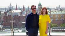 Джеймс МакЭвой и Джессика Честейн прилетели в Москву