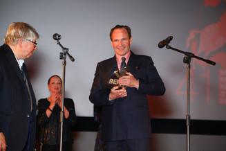 Рэйф Файнс получил приз «Верю. Константин Станиславский»