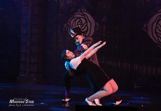 «Алиса в стране Чудес» на сцене театра Рюминой