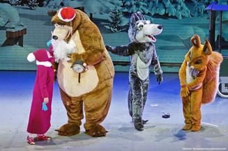 Маша и Медведь уже готовятся встретить Новый год