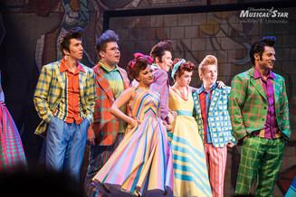 Премьера мюзикла «Стиляги» прошла в Театре Наций