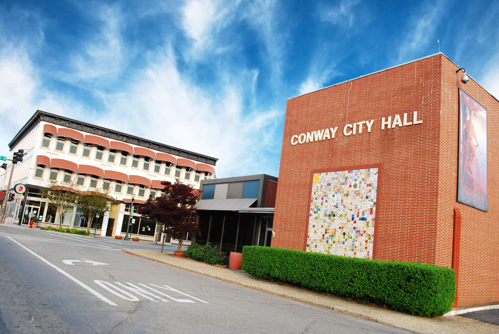 Conway City Hall (2).jpg