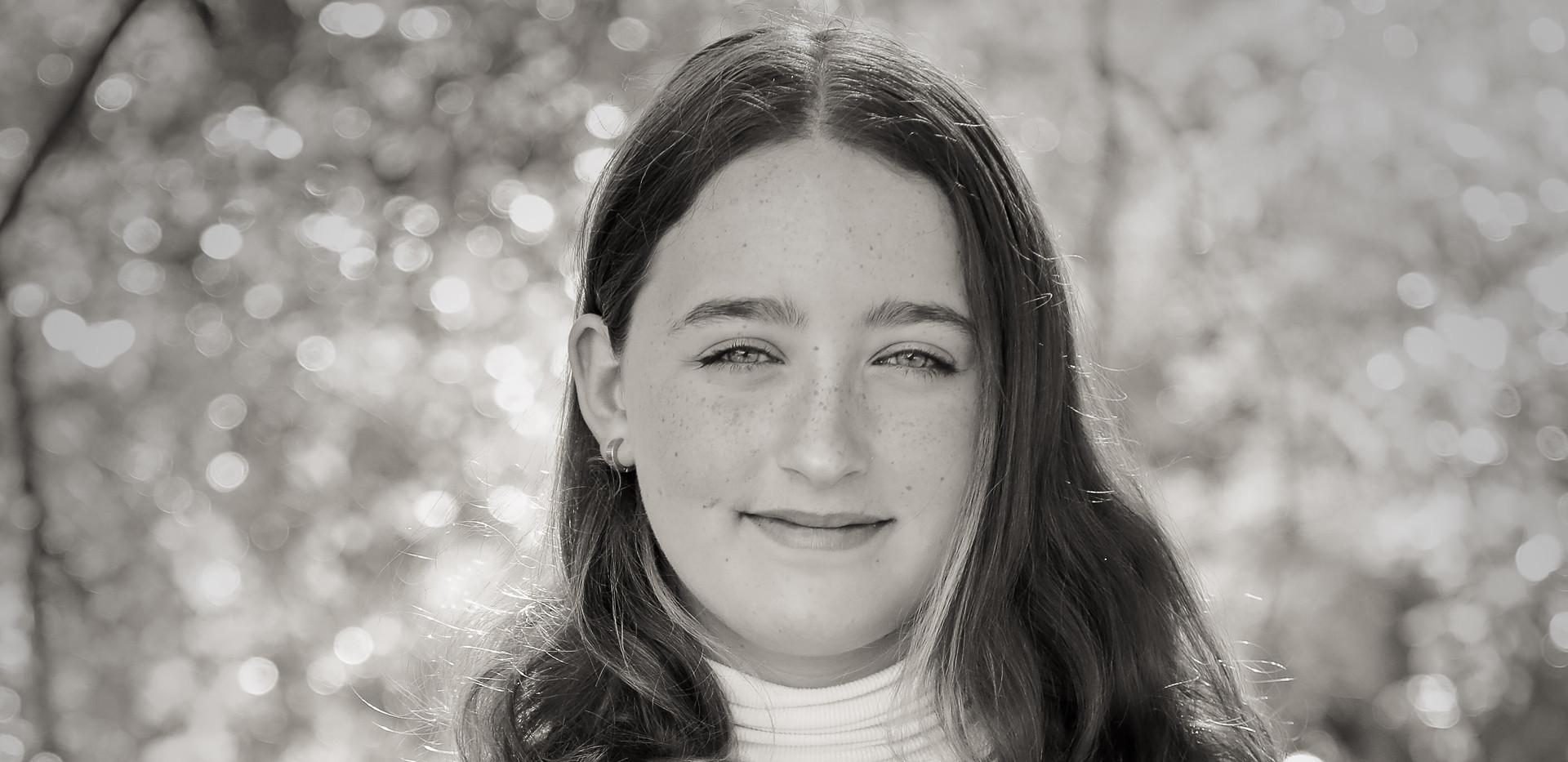 Teen portraits by professional photographer in Oakland Berkeley