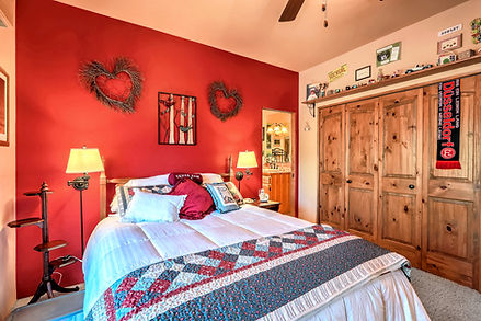 Custom home-building decisions - additional bedroom configuration