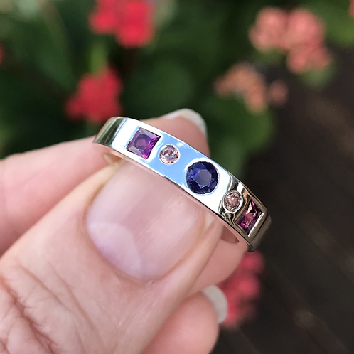 Iolite and rhodolite garnet ring