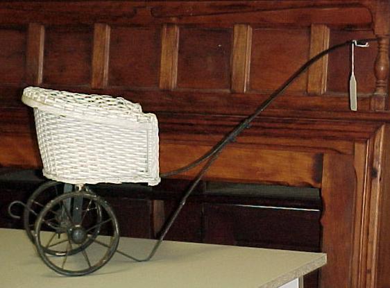 White Wicker Doll Rickshaw 1930's VG antique