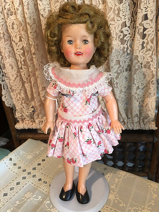 """Shirley Temple 12"""" in pink flowered dress"""
