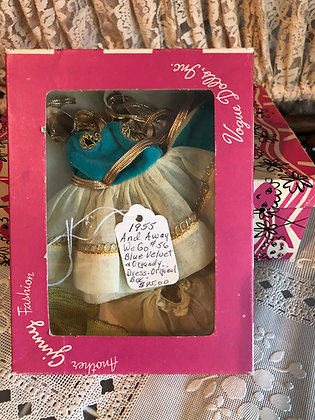 Ginny And Away We Go Outfit in original box