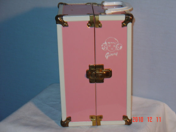 Ginny Doll Trunk, 1950's,very good, collectible