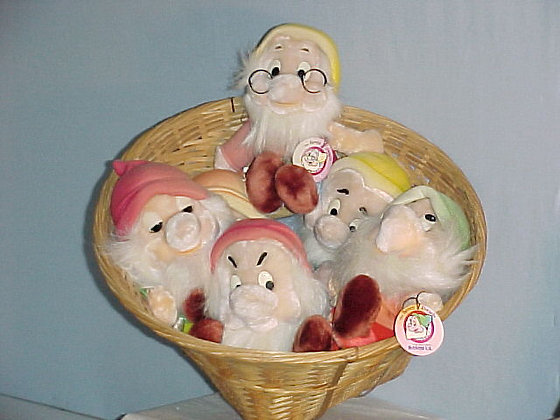 The 7 Dwarfs, great large collectibles